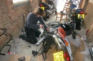 Just checking whether this really is a bike you can fix with a hammer and a spanner as we had wanted ;)