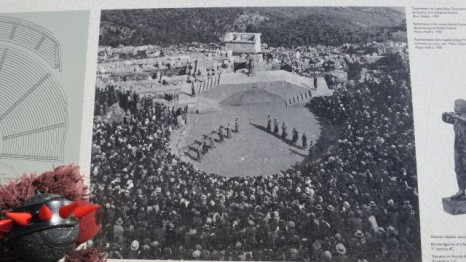 Awesome, they still used the Delphi amphitheater in the 30's!